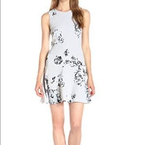 NWT Sleeveless Floral Printed Dress Sz 4